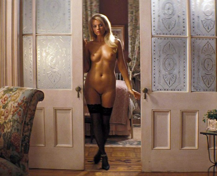 Margot Robbie completely naked for Wolf of Wall Street movie
