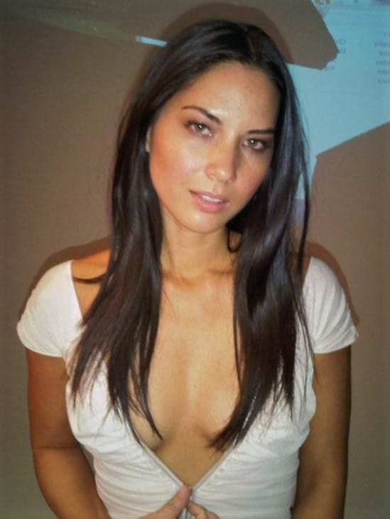 Leaked photo of Olivia Munn with deep v cleavage in white shirt