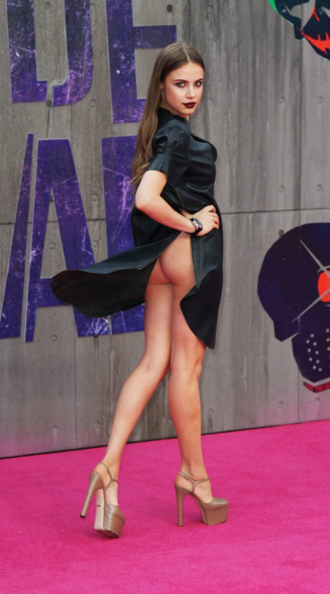 Suicide Squad premiere photo of Xenia Tchoumitcheva upskirt showing her ass in a black dress