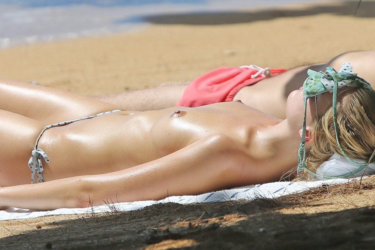Margot nude