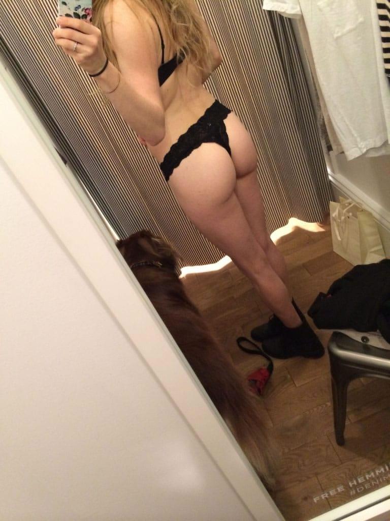 ass selfie 2
