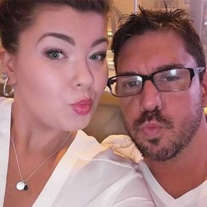 Amber Portwood taking a selfie with fiance