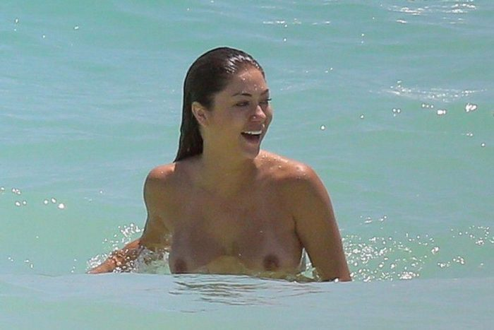 Arianny Celeste in the ocean with no top on
