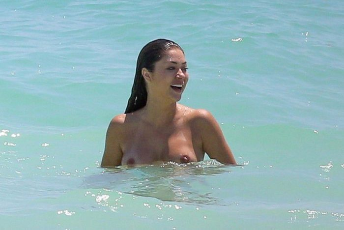 Arianny Celeste with topless in the ocean in Mexico