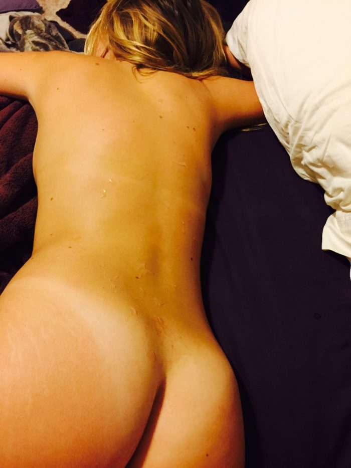 Lili Simmons on stomach showing her ass