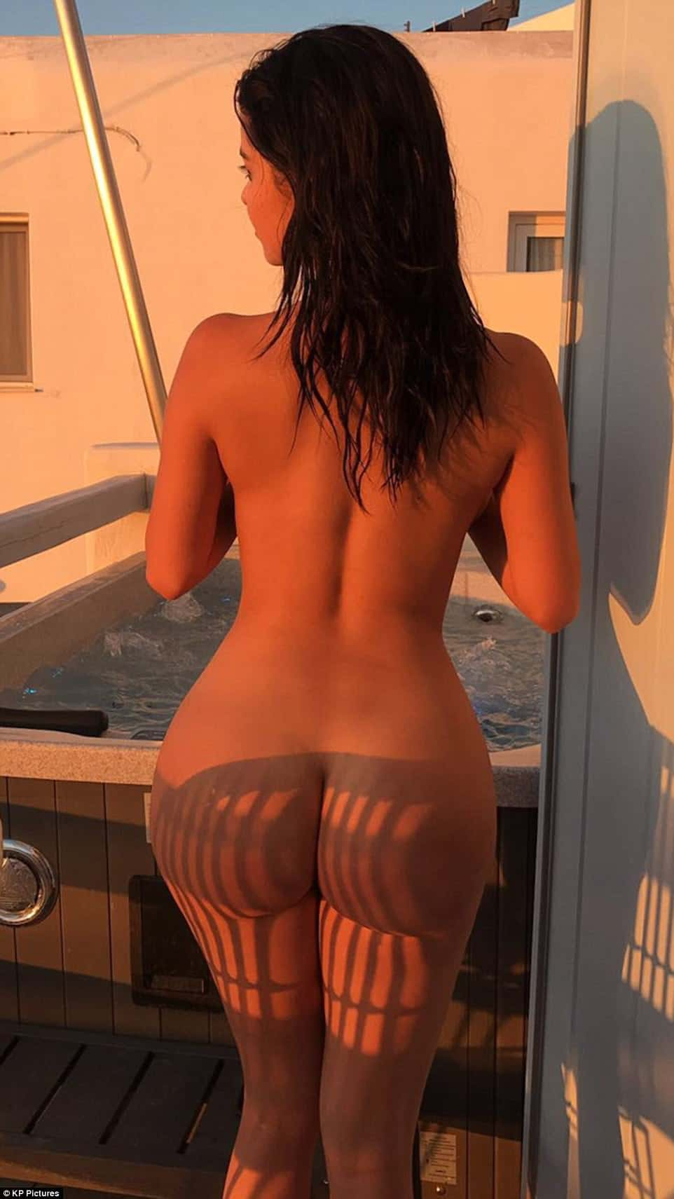 Demi rose mawby naked