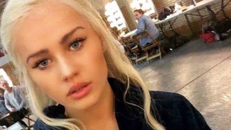 Emilia Clarke selfie with blonde hair
