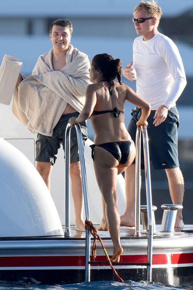 Salma Hayek ass in bikini getting out of water