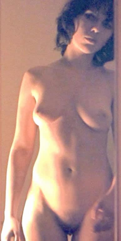 Johansson scene scarlett nackt Scarlett's Sexiest