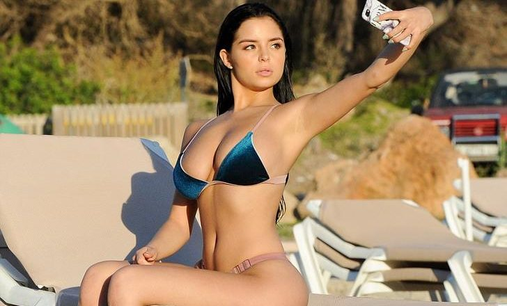 Demi Rose Mawby taking a selfie in Ibiza