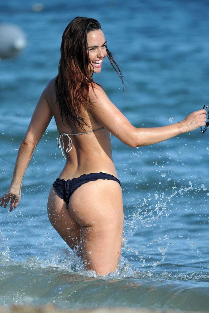 Jennifer Metcalfe in a thong showing her booty