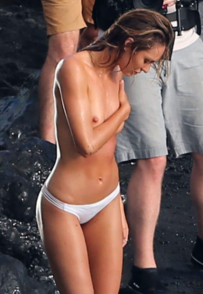 Leaked beach pic of Candice Swanepoel topless with wet hair