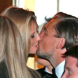 Toni Garrn and Leo kissing