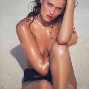 Toni Garrn most revealing pics (28)