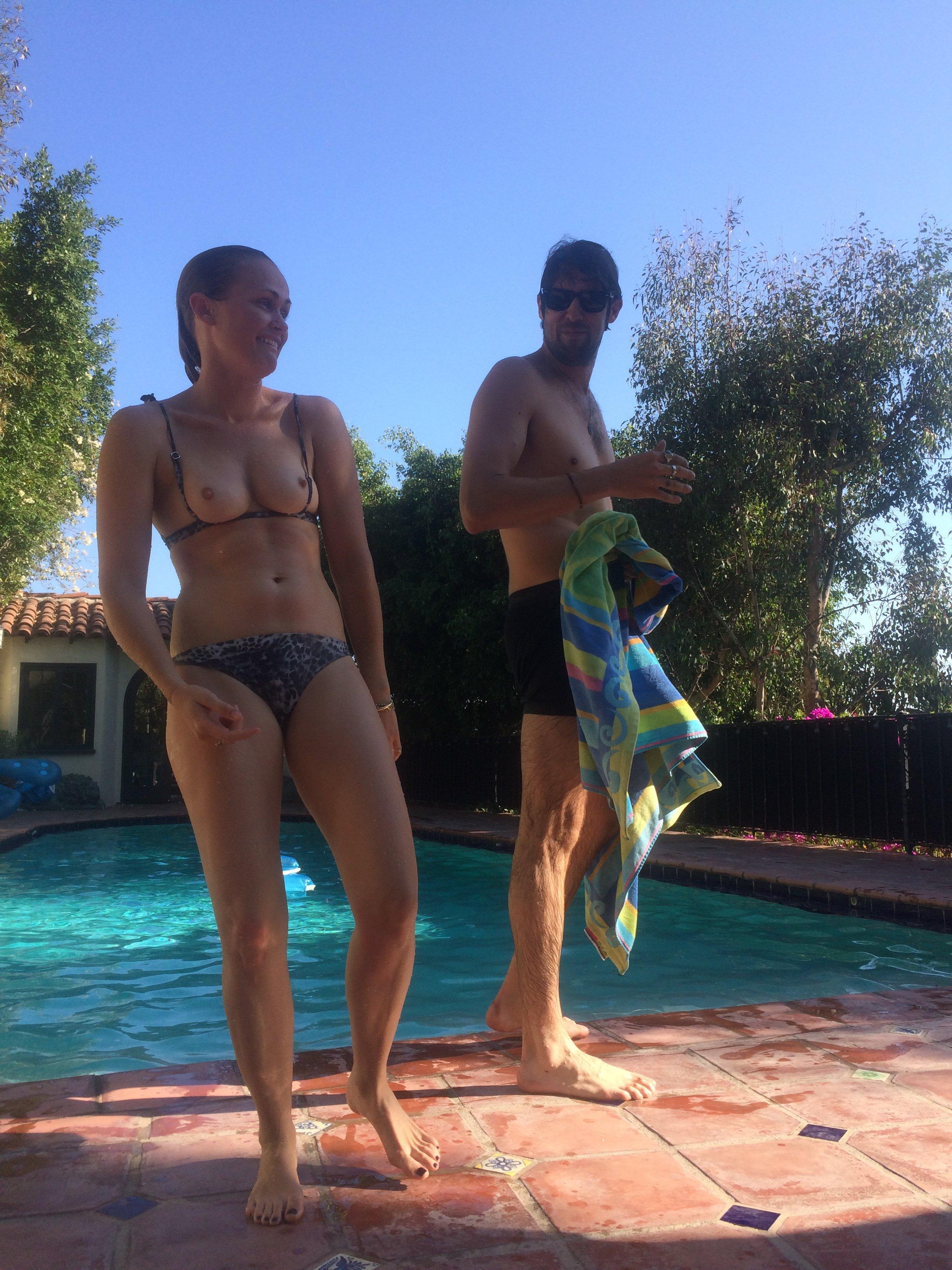 Addison Timlin hot boobs