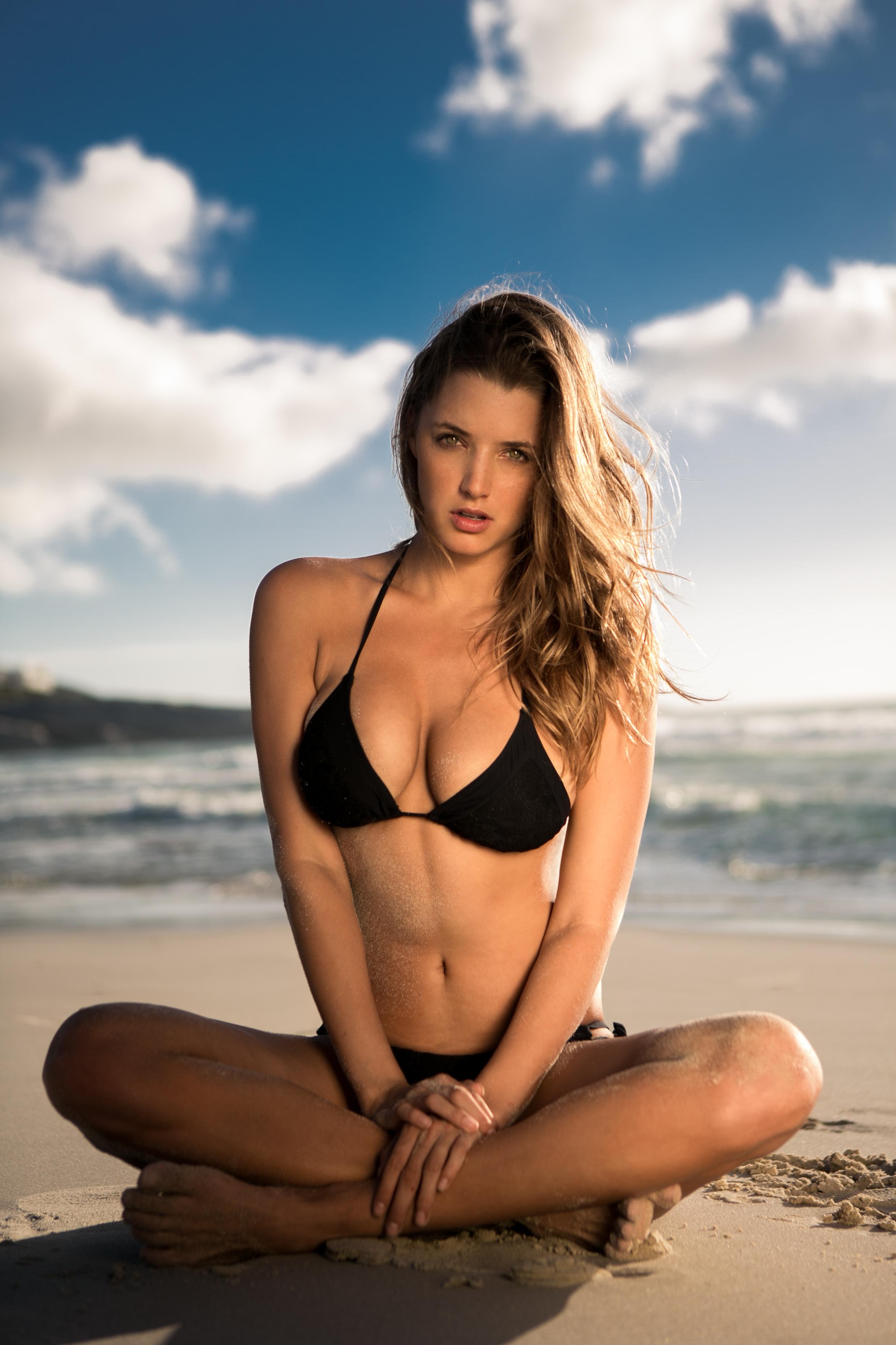 Alyssa Arce boobs show