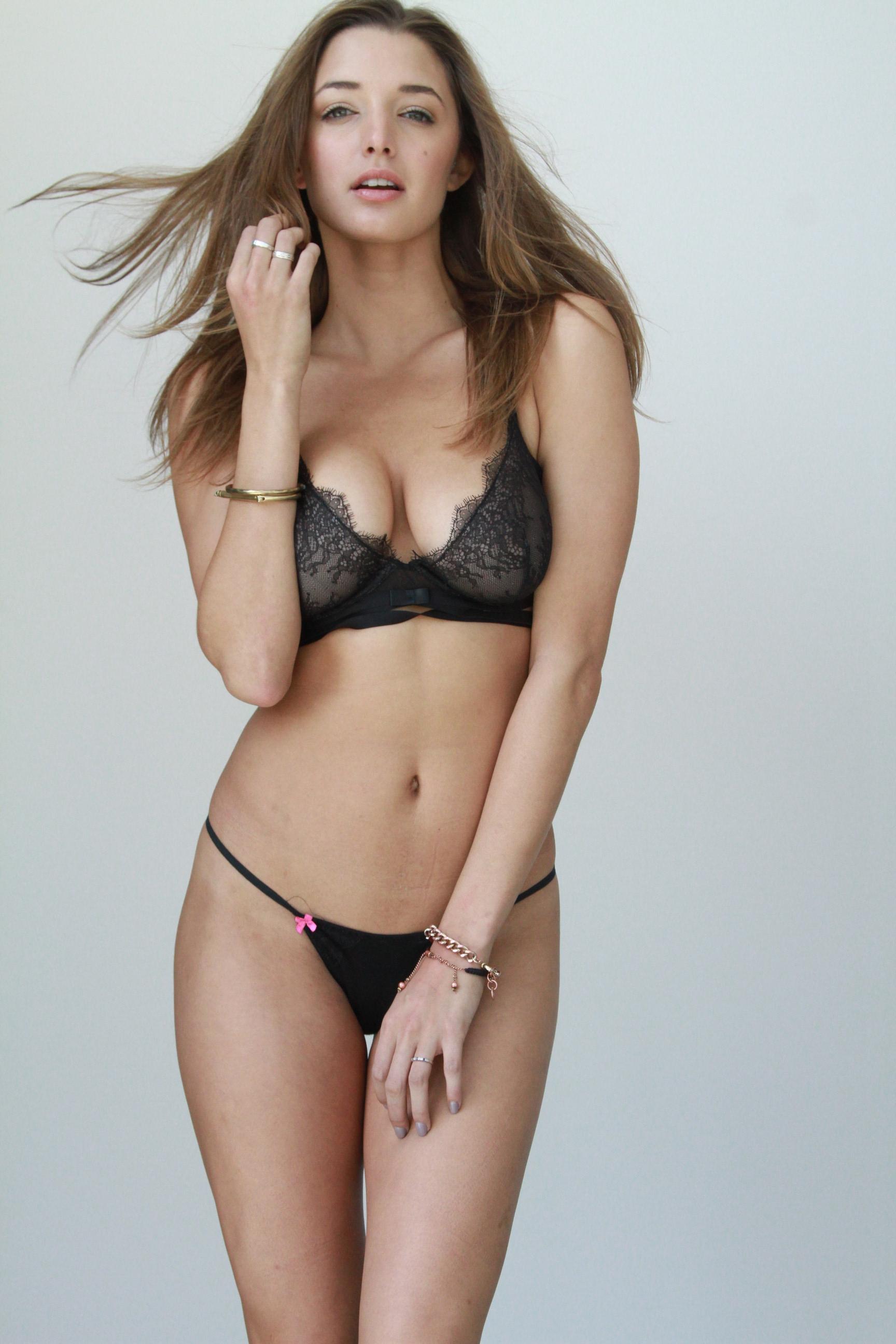 Alyssa Arce sexy naked