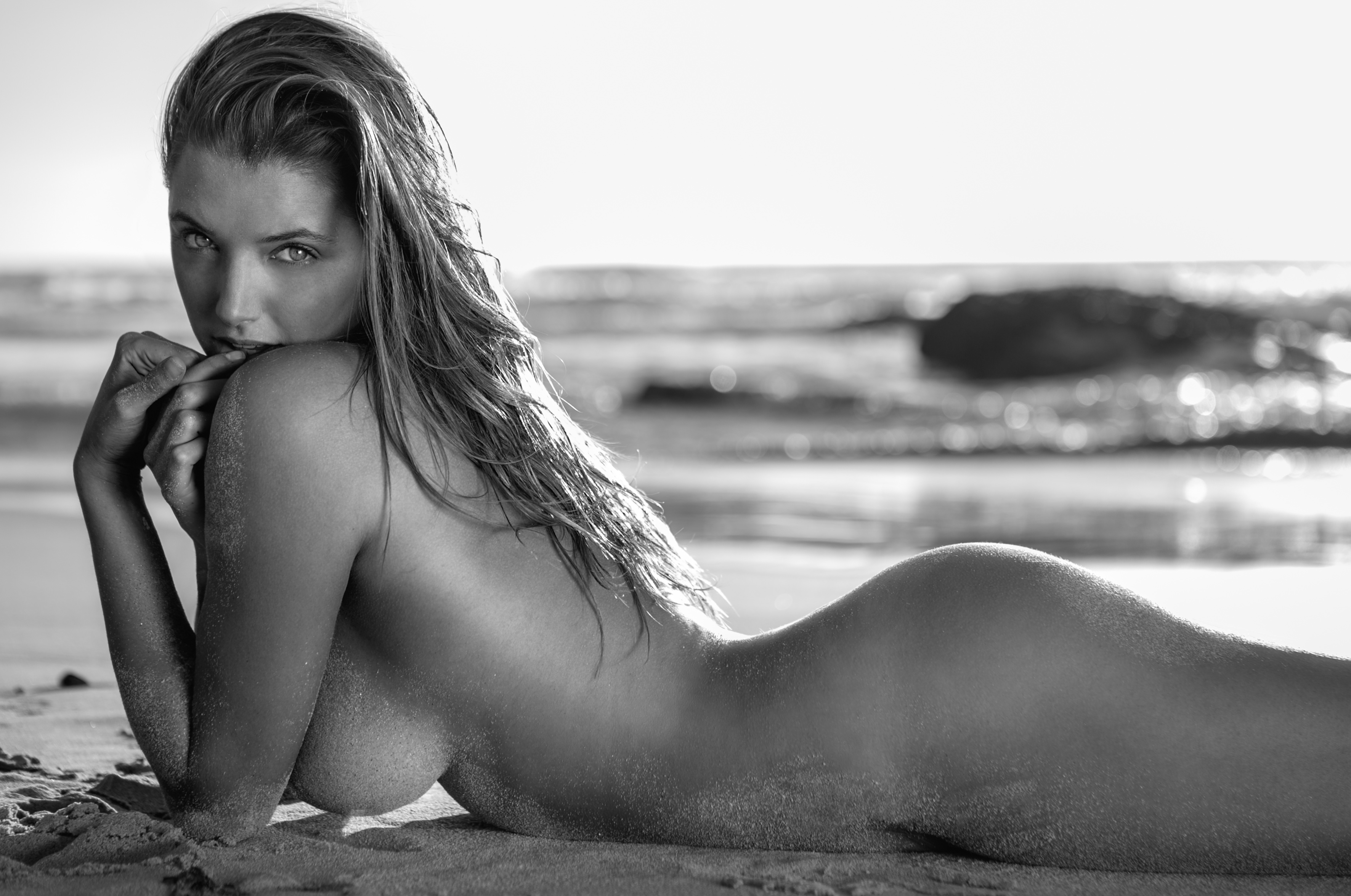 Alyssa Arce sexy nude pic