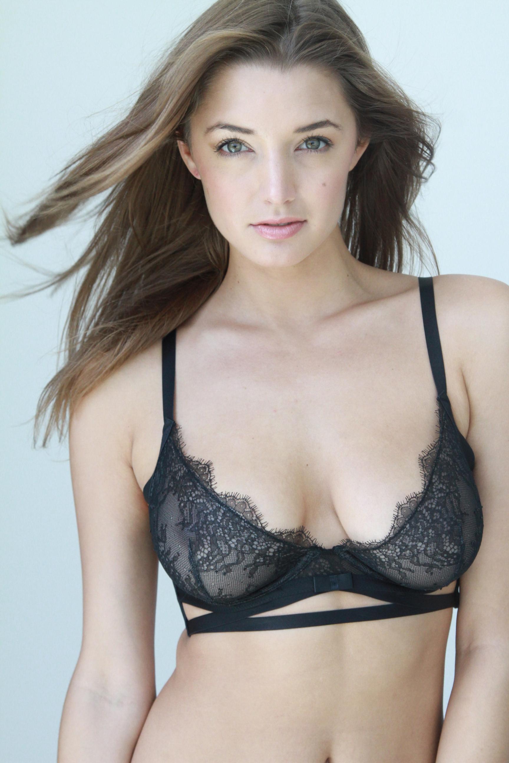 Alyssa Arce xxx
