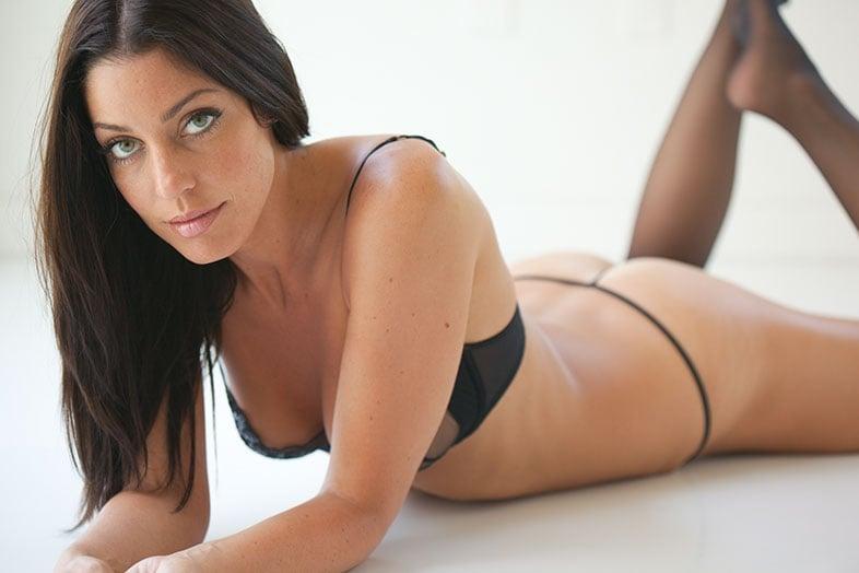 Amanda Kimmel naked boobs