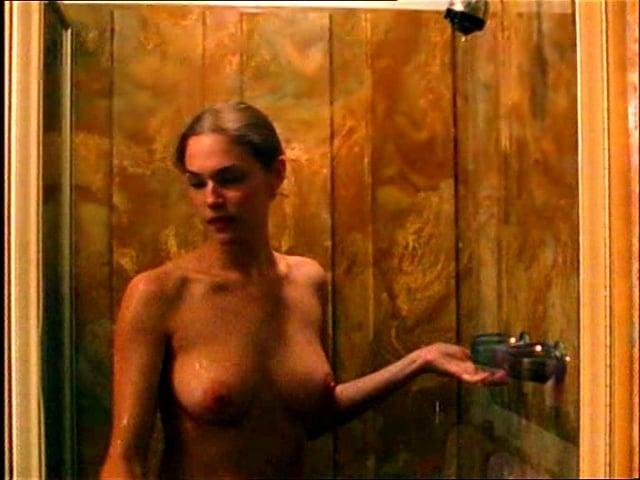 Amanda Righetti nice tits