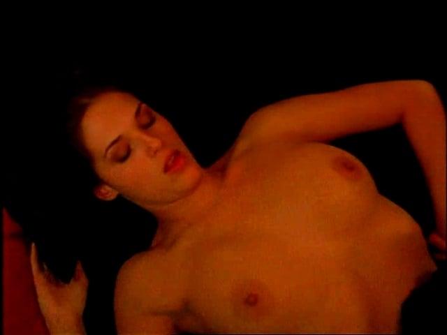 Amanda Righetti sexy nude picture