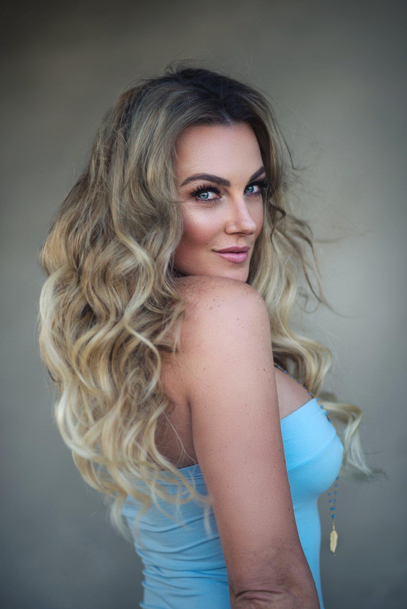 Amber Nichole hot boobs