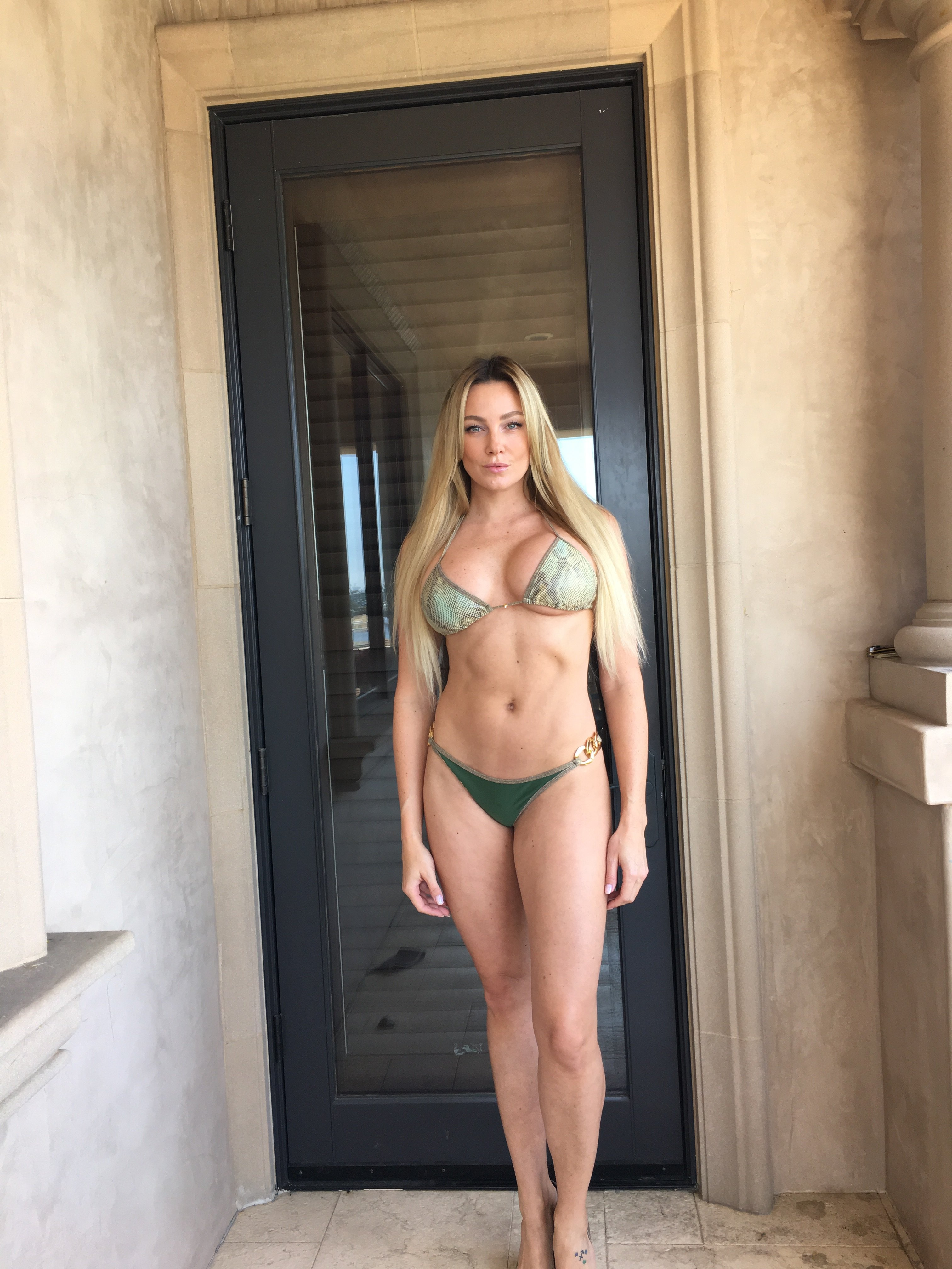 Amber Nichole nude boobs
