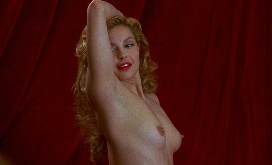Ashley Judd sexy naked