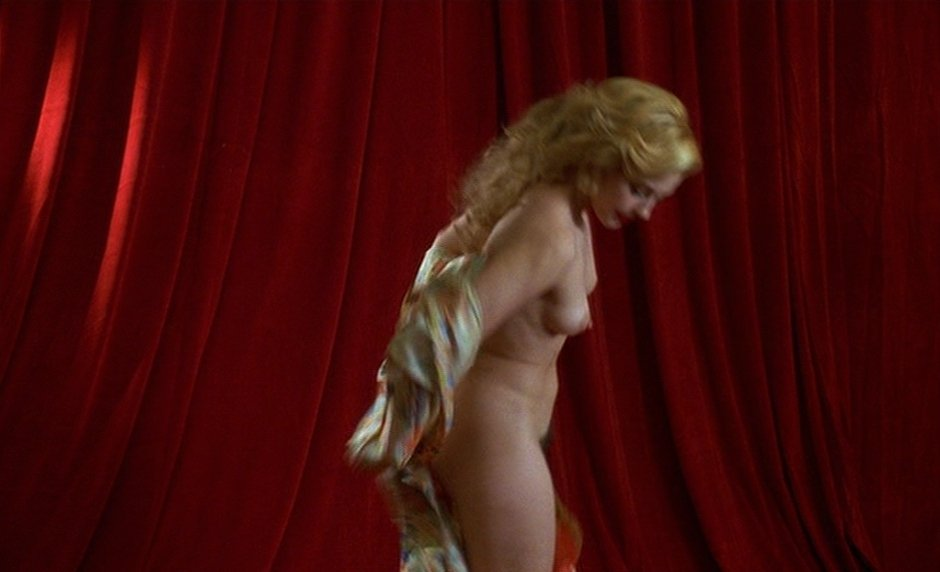 Ashley Judd topless