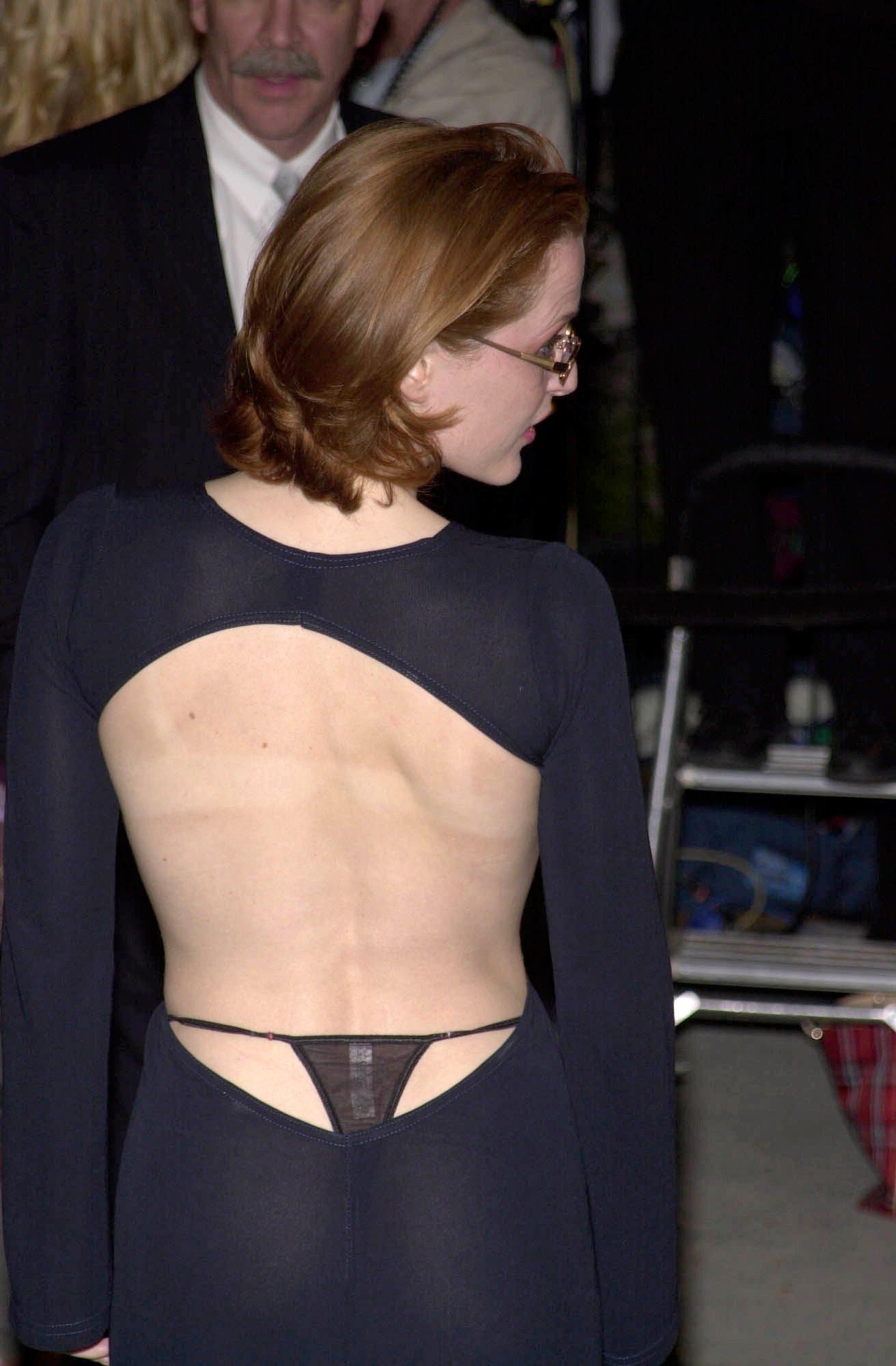 Gillian Anderson nice tits