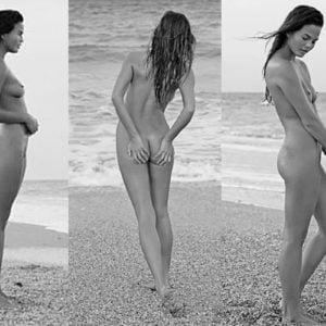 Chrissy Teigen naked boobs