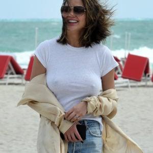 Chrissy Teigen nips