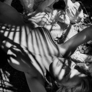 Charlotte McKinney showing boobs